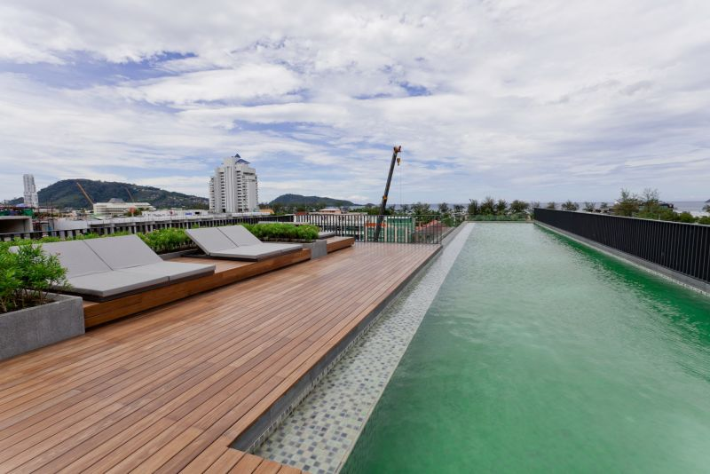 CONDO FOR SALE THE DECK PATONG