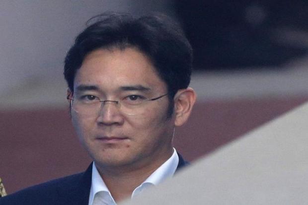 หวั่น'ซัมซุง'เจอมรสุม หากเกาหลีใต้ตัดสินจำคุกทายาท 12 ปี วันนี้
